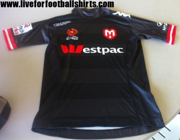 New-Melbourne-Heart-Third-Kit-2013.jpg
